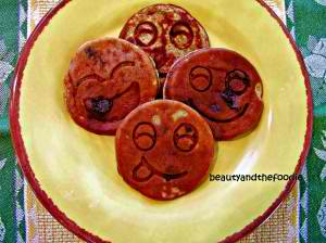 Happy Banana Hot Cakes