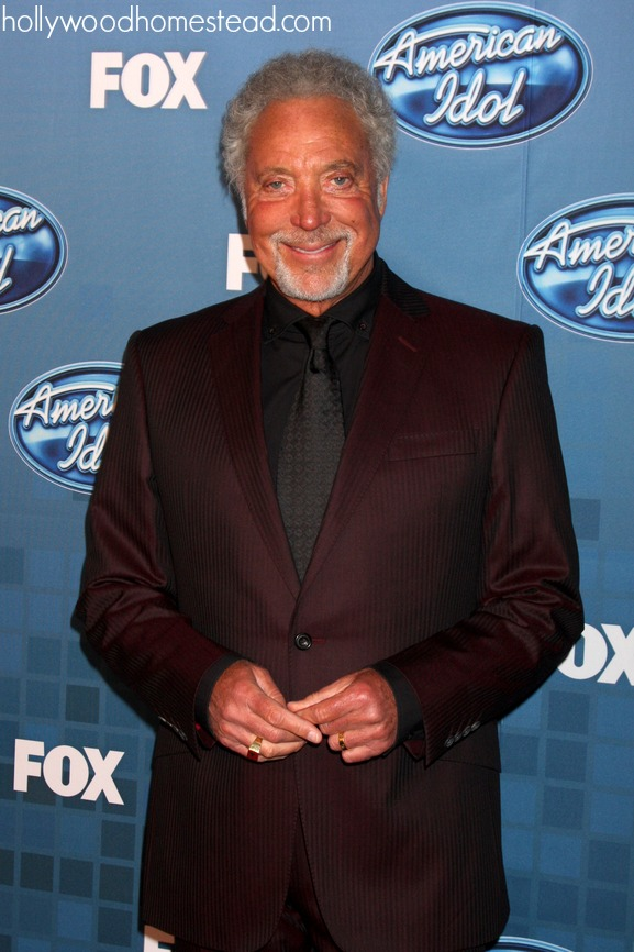 Tom Jones paleo celeb