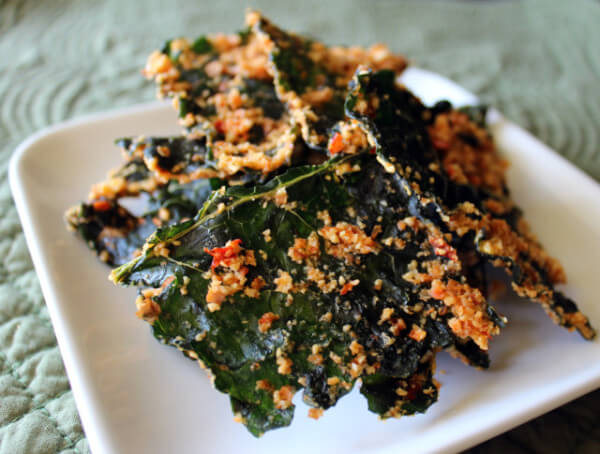 Kale-Chips-Sweet-Spicy